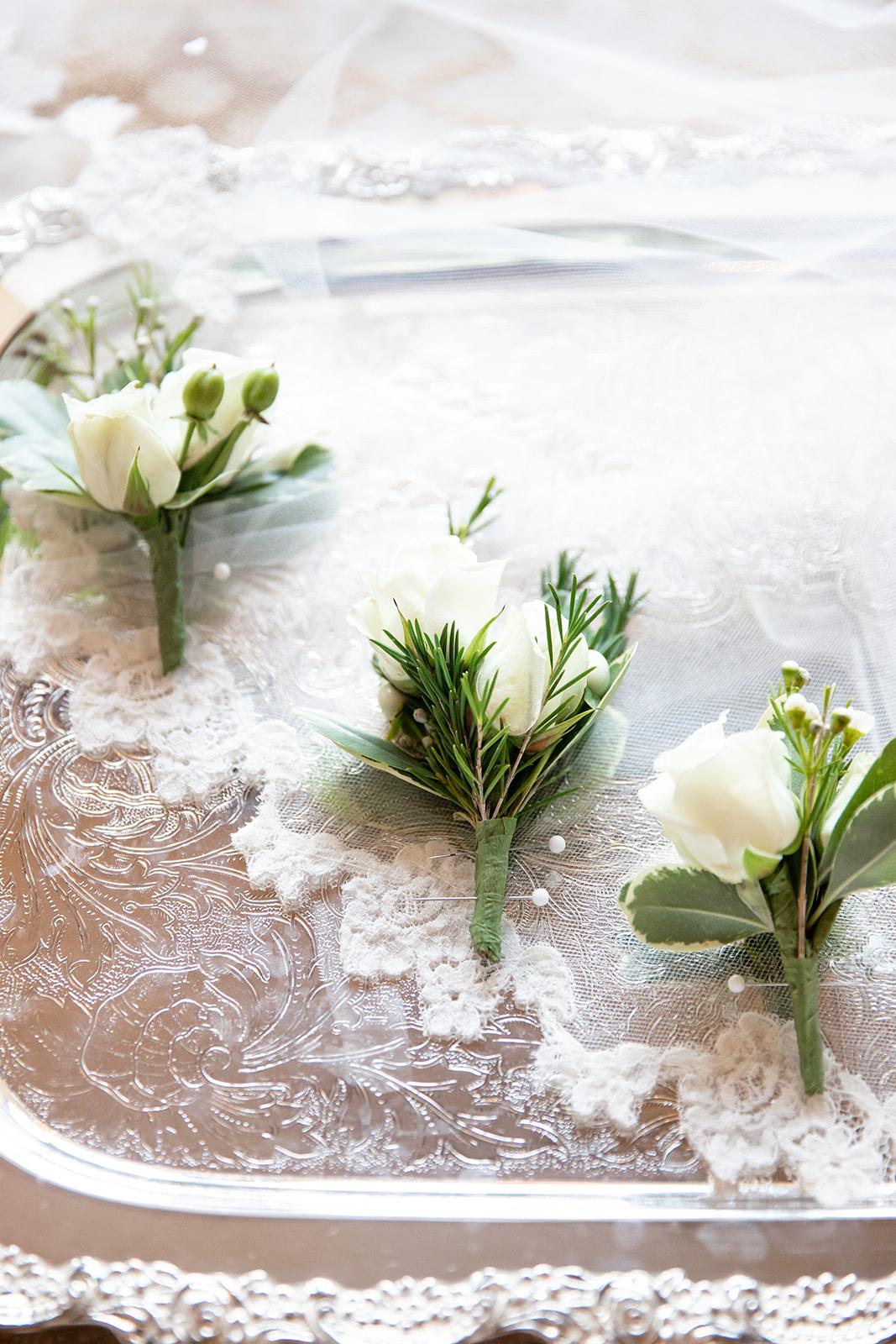 Emilie + Matthieu bouquets des demoiselles d'honneur